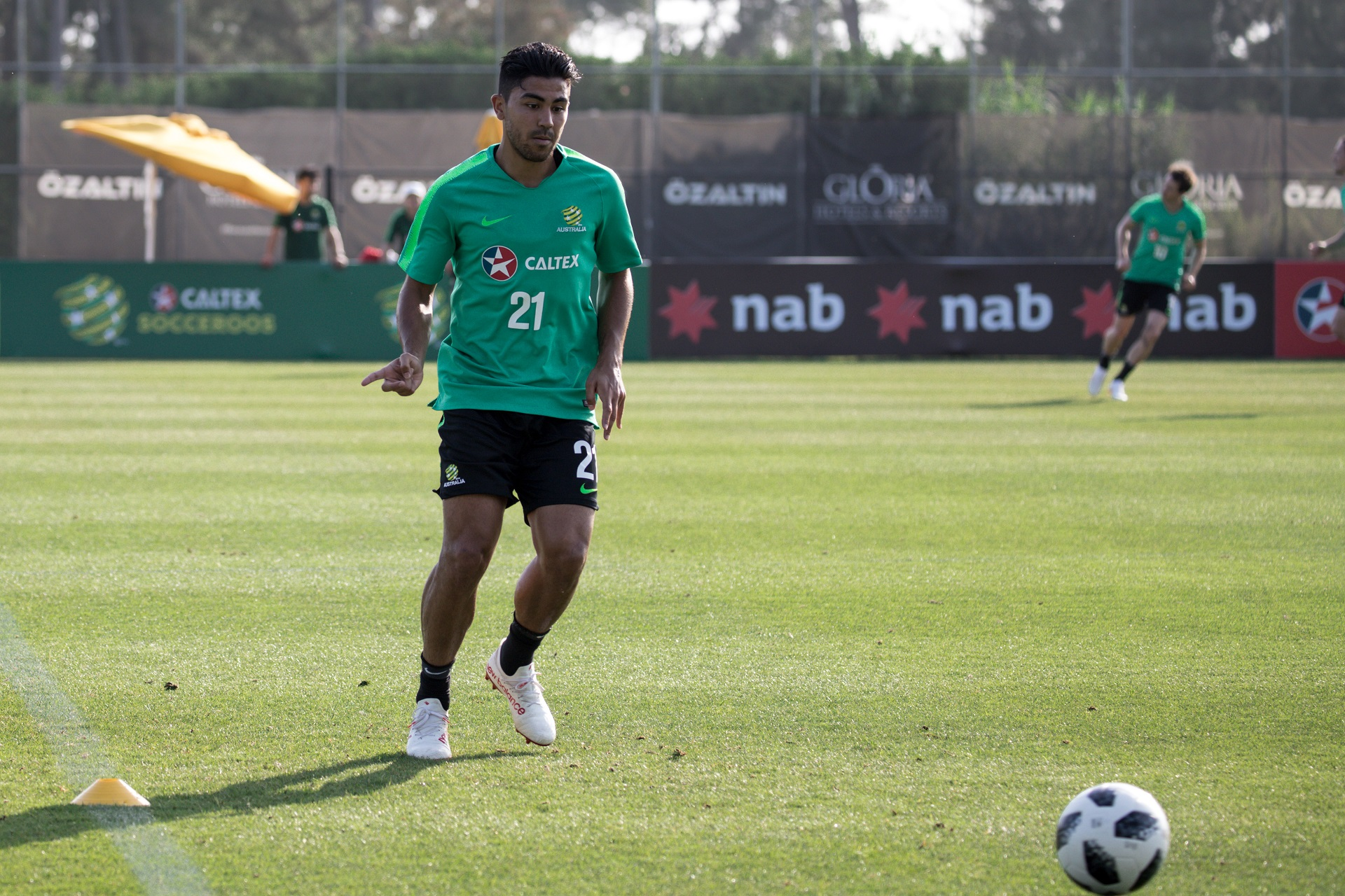 Massimo Luongo during training