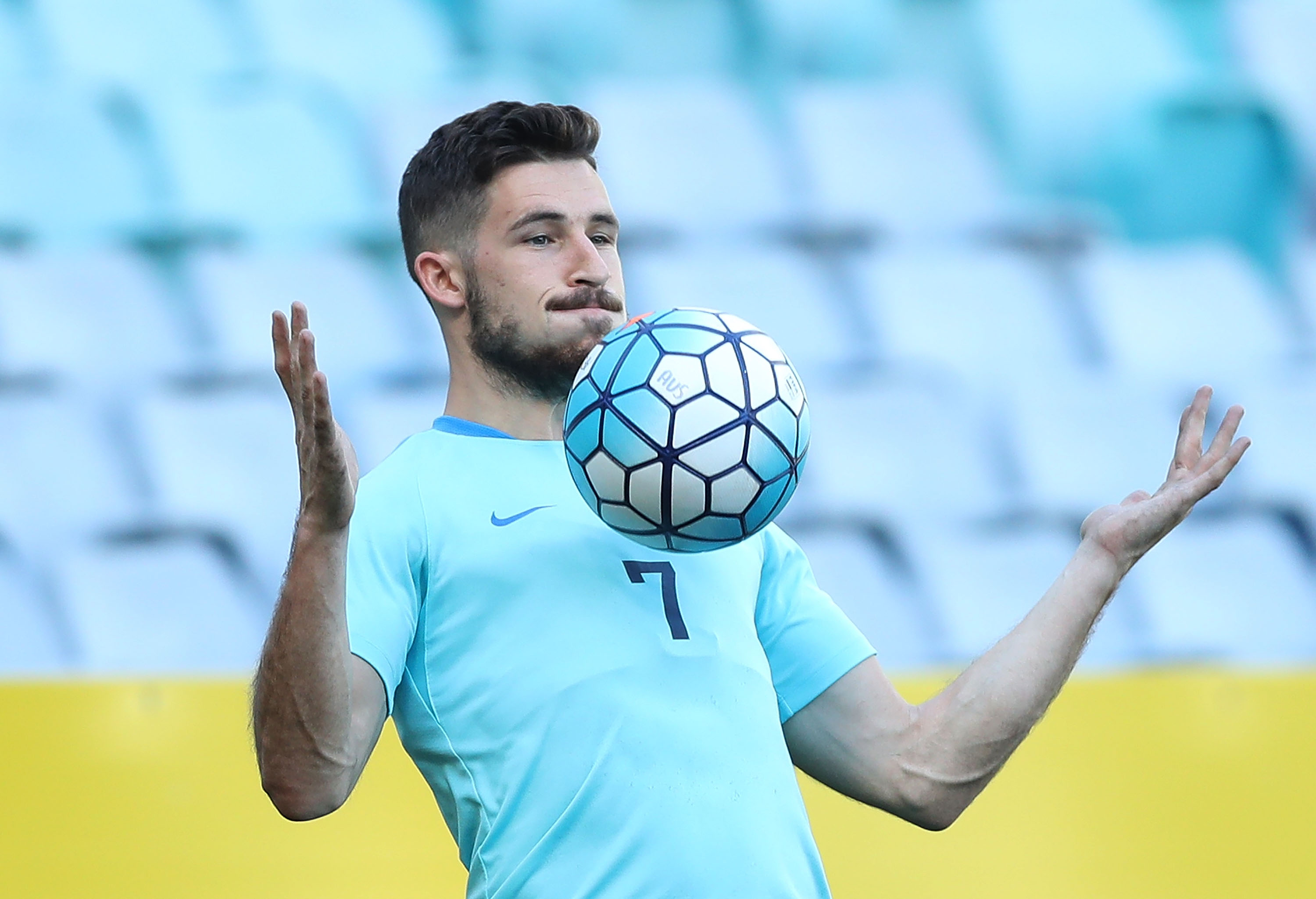 Mathew Leckie training