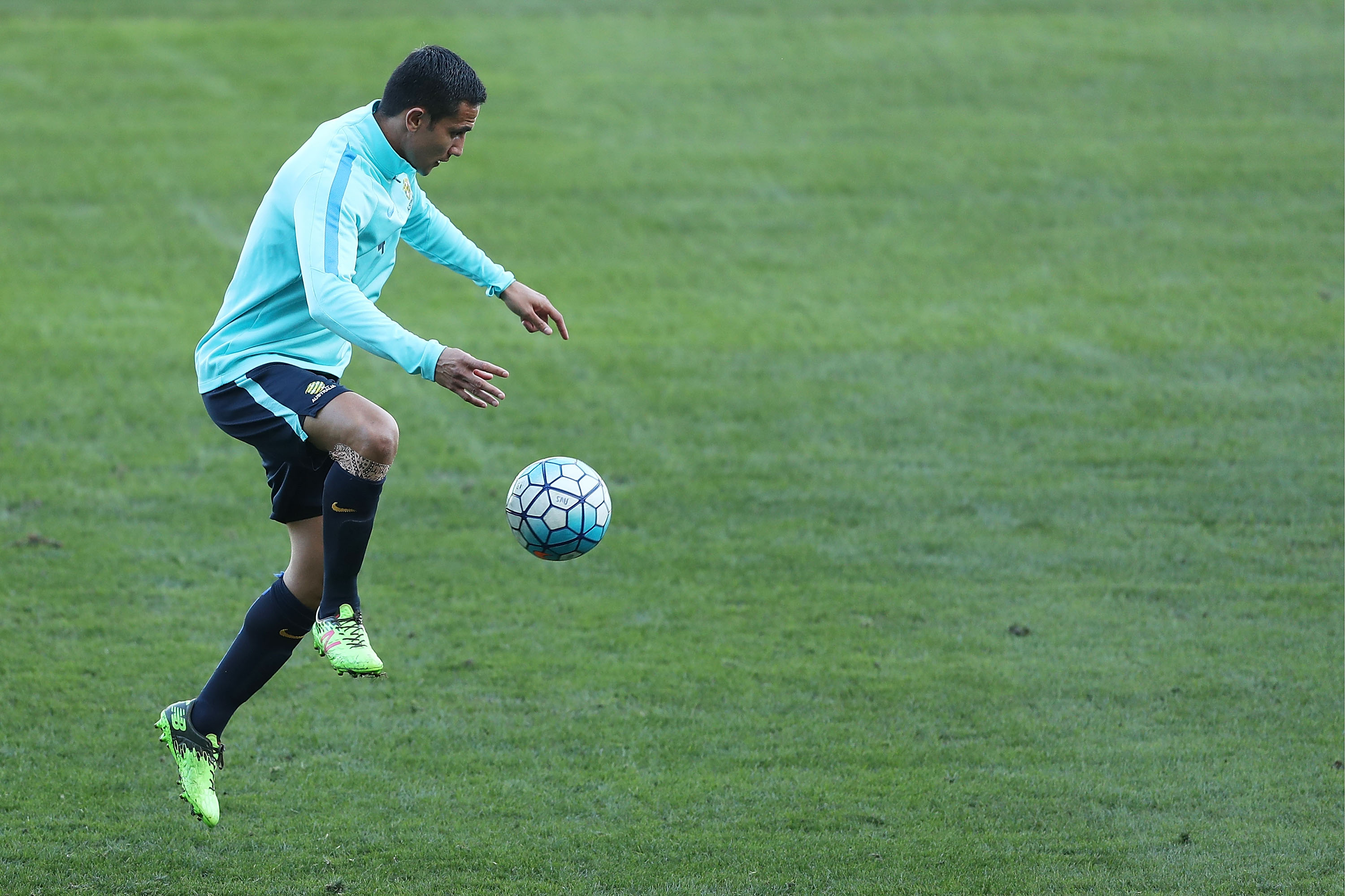 Tim Cahill training