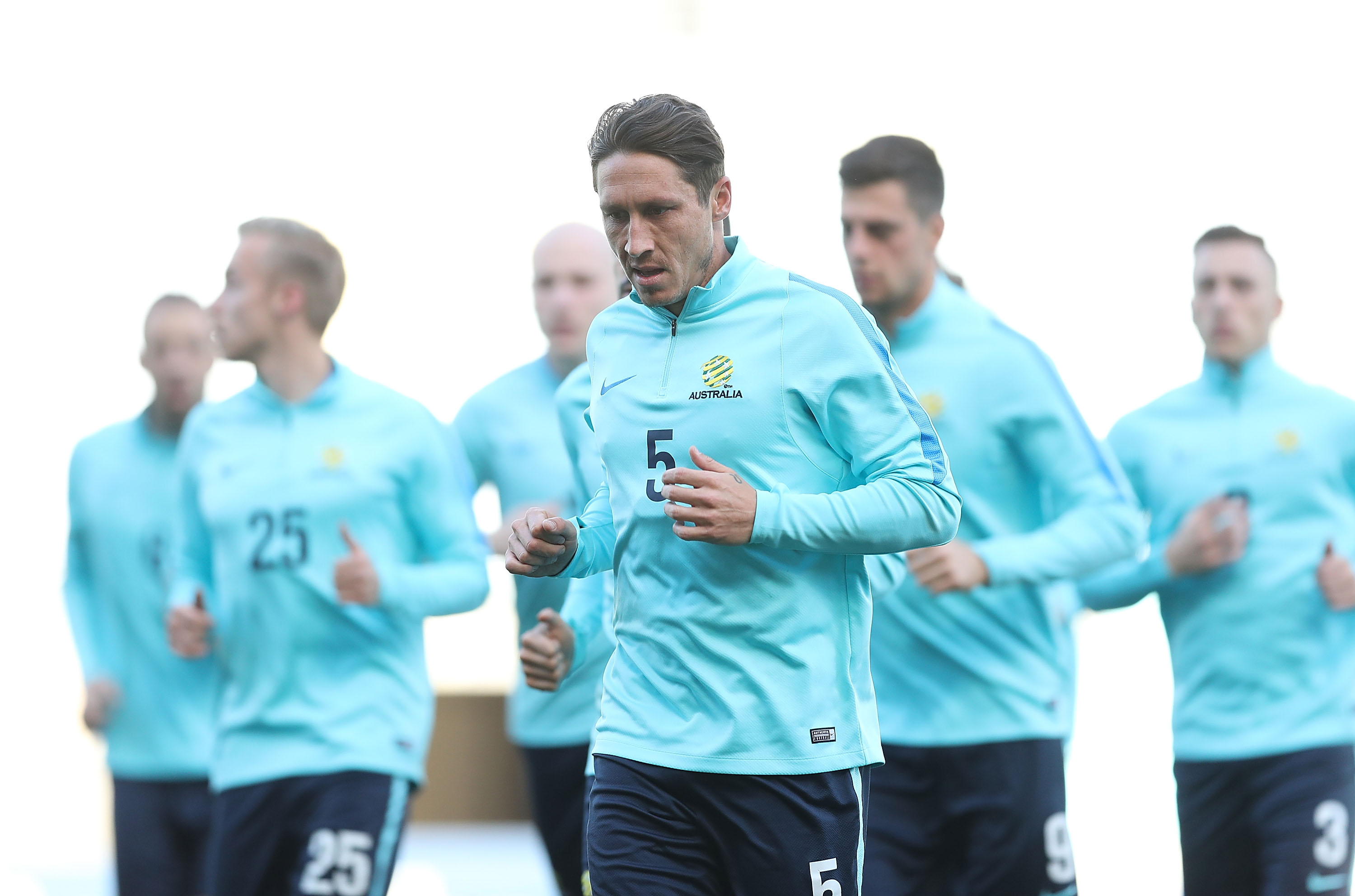 Mark Milligan training