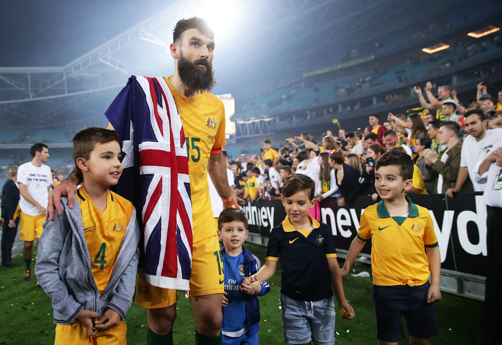 Mile Jedinak family