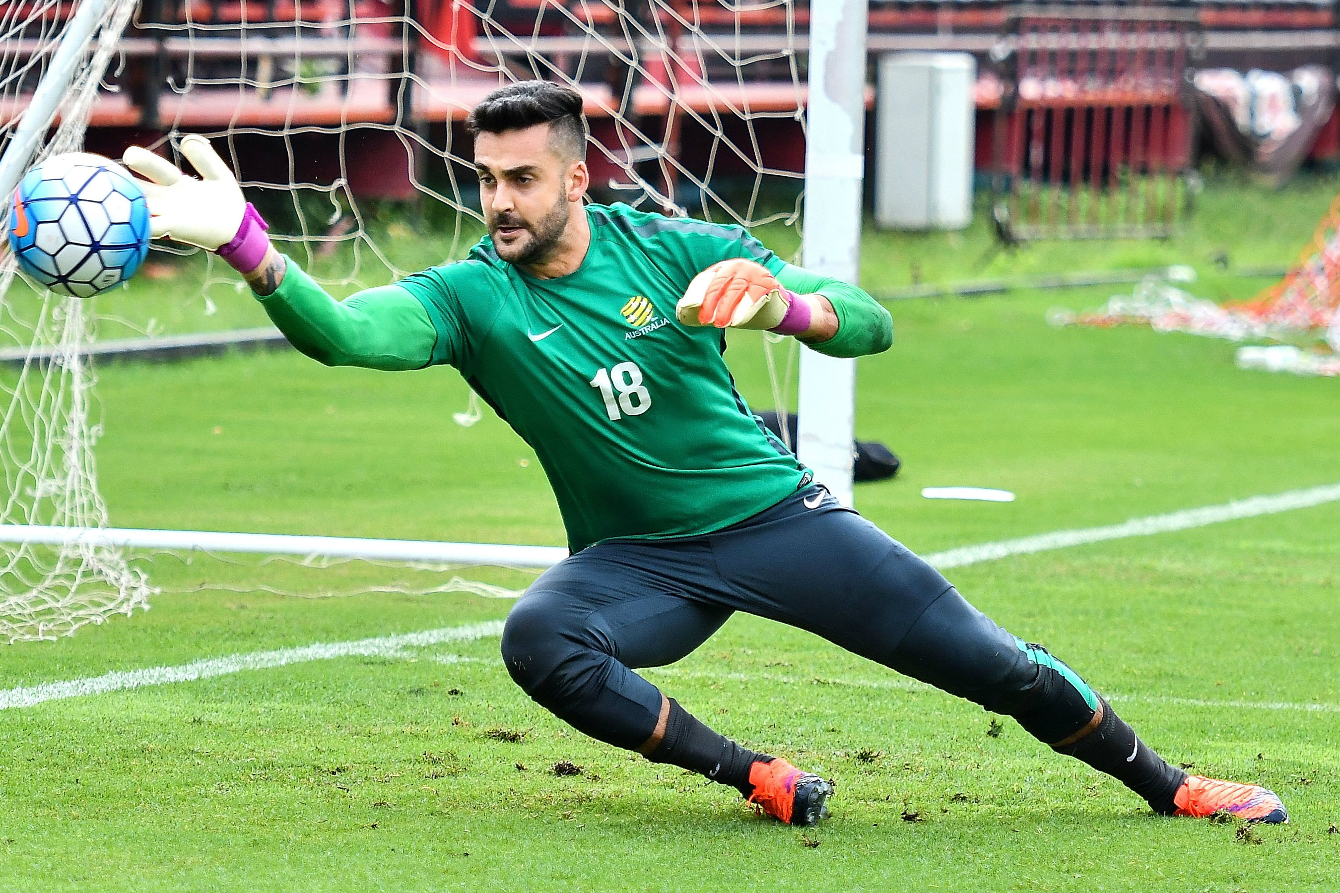 Adam Federici in training with the Caltex Socceroos.
