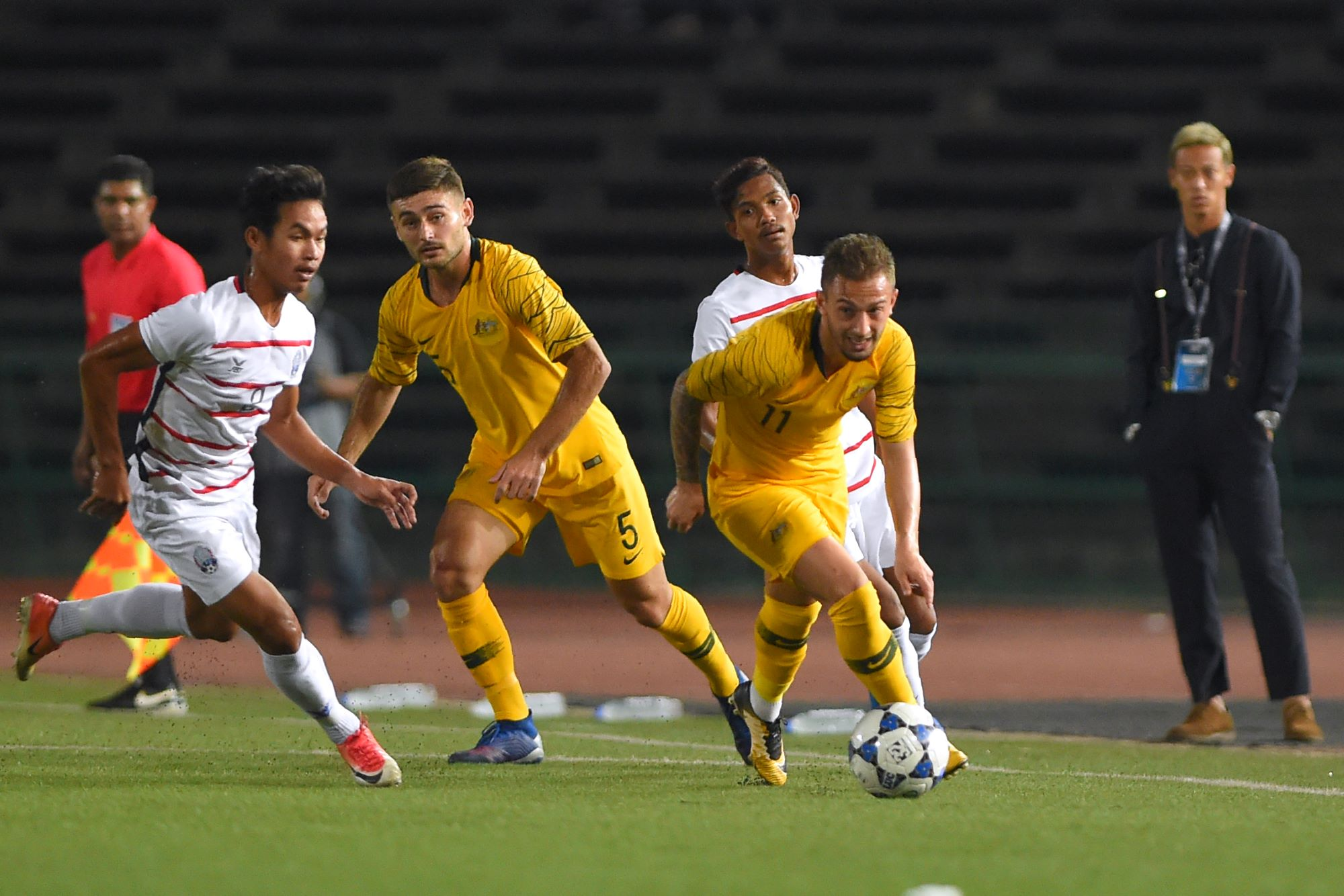 Australia make strong start in Phnom Penh on road to Thailand and Tokyo  3a4efff97