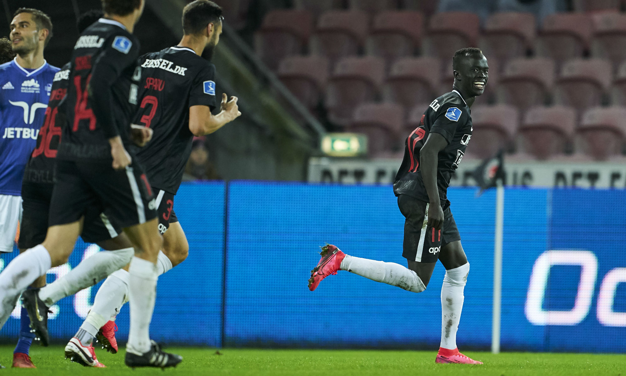 Aussies Abroad: Mabil fires FC Midtjylland to open up lead in Denmark