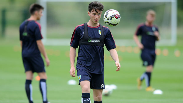 Aussie teenager Aiden O'Neill made his EPL debut with Burnley in their EPL clash with Liverpool last weekend.