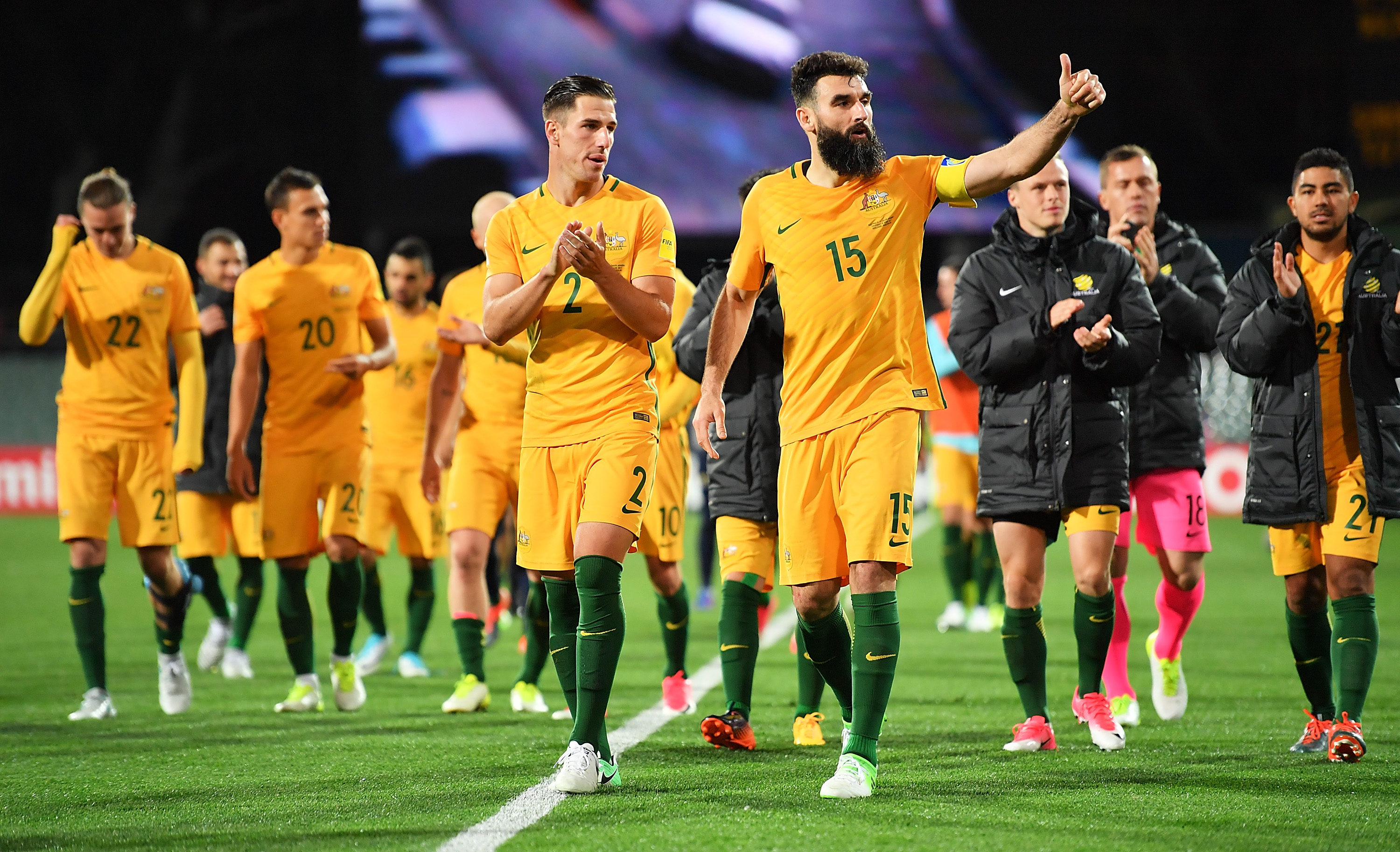 The Caltex Socceroos players thank the crowd of almost 30,000 fans at the Adelaide Oval after full-time.