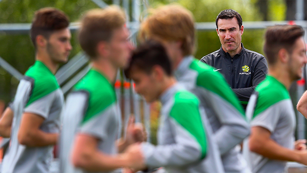 Vidmar watches on as Joeys train ahead of Argentina game