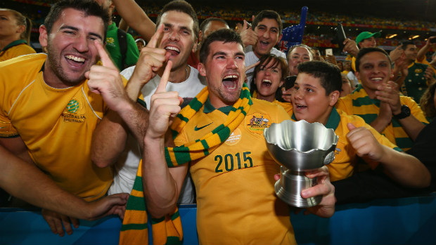 Goalkeeper Mat Ryan celebrates the Socceroos Asian Cup win with Aussie fans.
