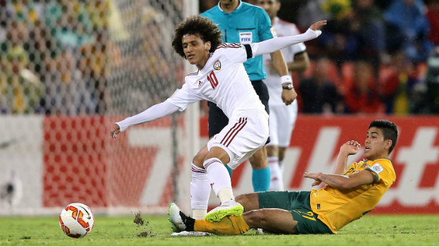 Massimo Luongo tries to dispossess UAE star Omar Abdulrahman during the contest.