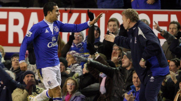 Tim Cahill and David Moyes in their Everton days.