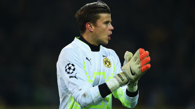 Mitch Langerak is ready to fight for Stuttgart's goalkeeper position.