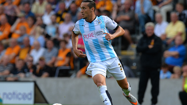 Jason Davidson has made the move to English club Huddersfield Town.