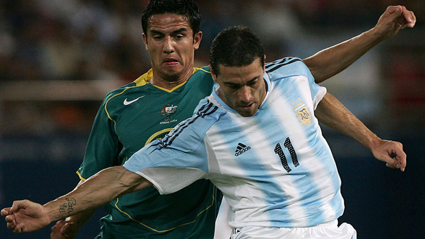 Tim Cahill in action at the 2004 Olympics.