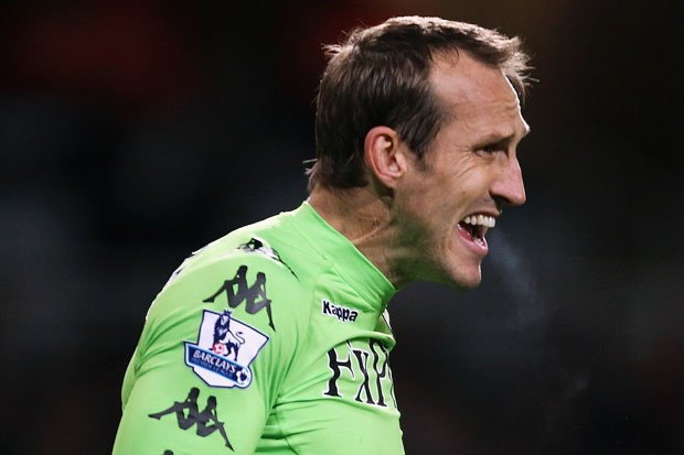 Schwarzer extends stay at Craven Cottage