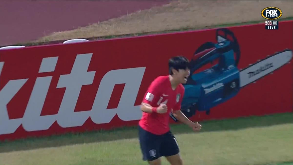 GOAL: Kim - Korea Republic strike first in the semi final