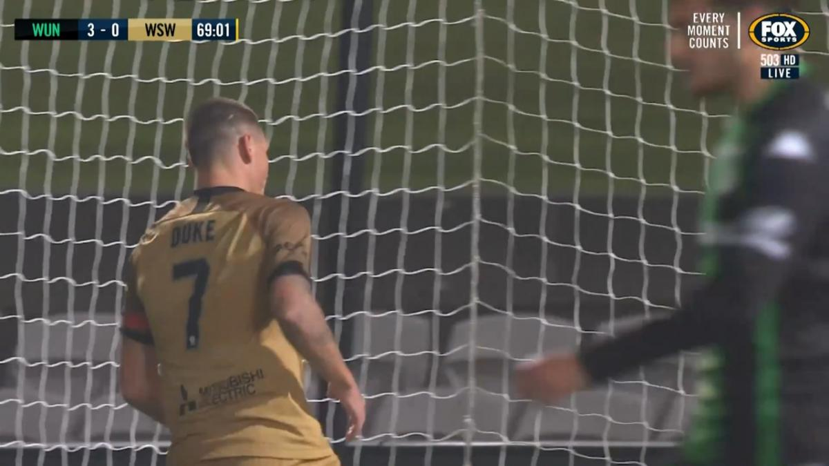 Mitch Duke pulls a goal back for Wanderers v Western United FC