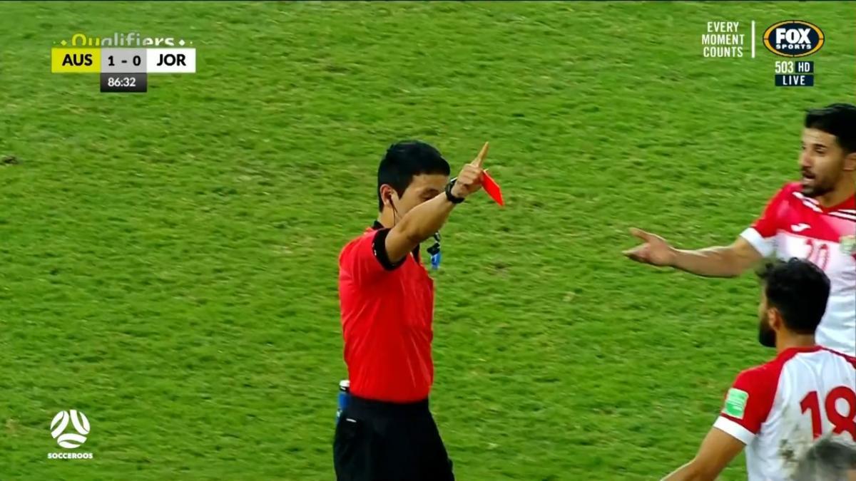 RED CARD: Al-Taamari - Jordan down to ten | Australia v Jordan | FIFA World Cup 2022 qualifier