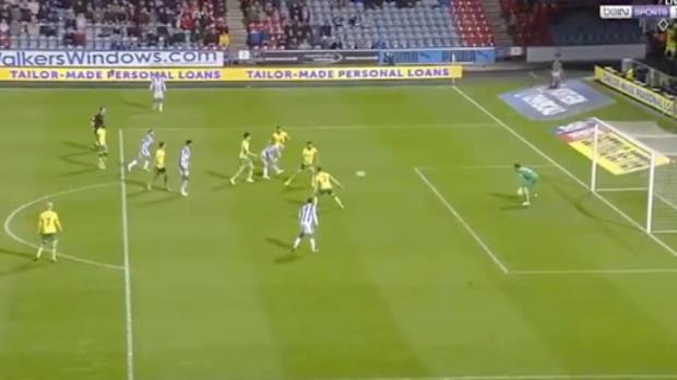 Mooy scores for rampant Huddersfield