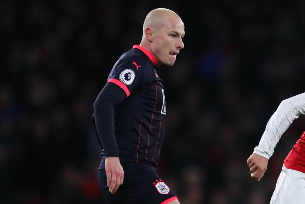 Mooy's Huddersfield earn valuable point against Southampton