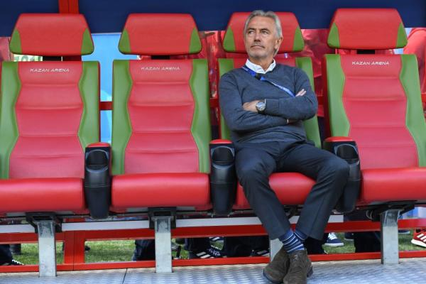 WATCH: van Marwijk's reaction to Socceroos' gut-wrenching loss