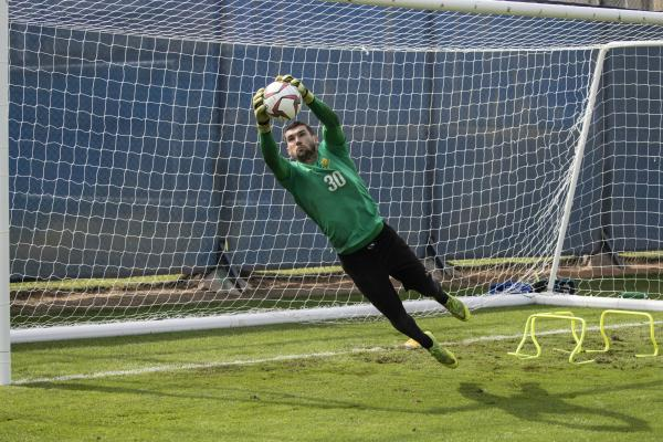 Mat Ryan in training.