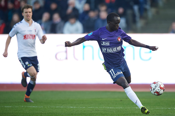 Aussies Abroad: Mabil's Midtjylland go equal first while Degenek continues fine form in Saudi Arabia