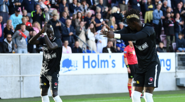 Mabil's contribution sent FC Midtylland top of the Danish Superliga