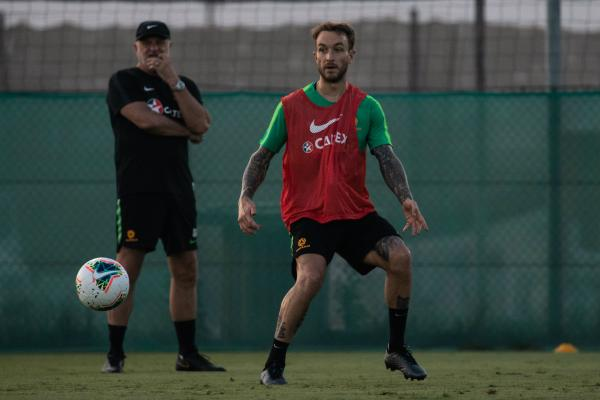Adam Taggart is relishing the chance to work under Graham Arnold, a former Caltex Socceroos striking great