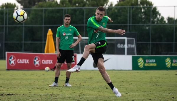 Mitchell Duke training with the Caltex Socceroos