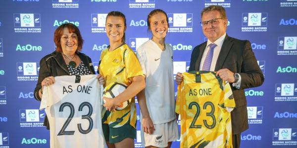 Johanna Wood, New Zealand Football President and Chris Nikou, FFA chairman with Australia and New Zealand players Stephanie Catley and Rebekah Stott during the announcement of Australia & New Zealand's Joint Bid to host the FIFA Women's 2023 World Cup