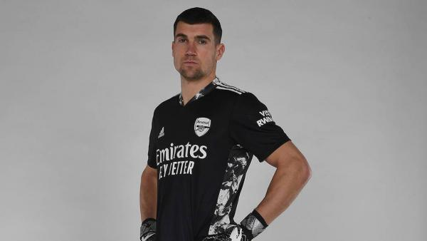 Maty Ryan signs for Arsenal