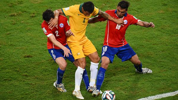 Tim Cahill attracted close attention from the Chilean defence.