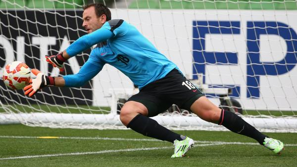 Eugene Galekovic has been called in to the Caltex Socceroos squad in place of the injured Adam Federici.