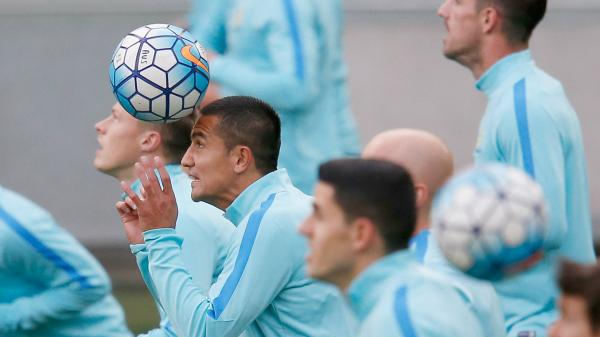 Caltex Socceroo great Tim Cahill is urging his Australian teammates to be 'fearless and ruthless' against Thailand.
