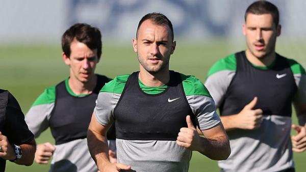 Ivan Franjic on the training ground with his Socceroos teammates ahead of the Asian Cup final.