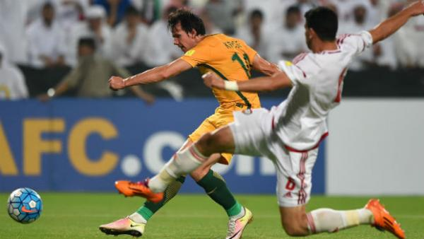 Robbie Kruse has a shot at goal in Australia's WCQ against UAE in Abu Dhabi.
