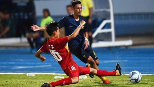 Action from the Joeys clash against Vietnam on Thursday night. Pic courtesy of the Asean Football website.